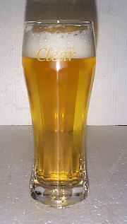 ビール入りクリアグラス